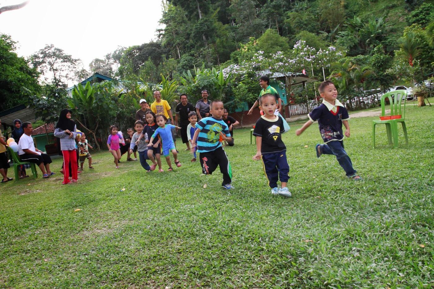 Family day at Hawa Resort, Janda Baik