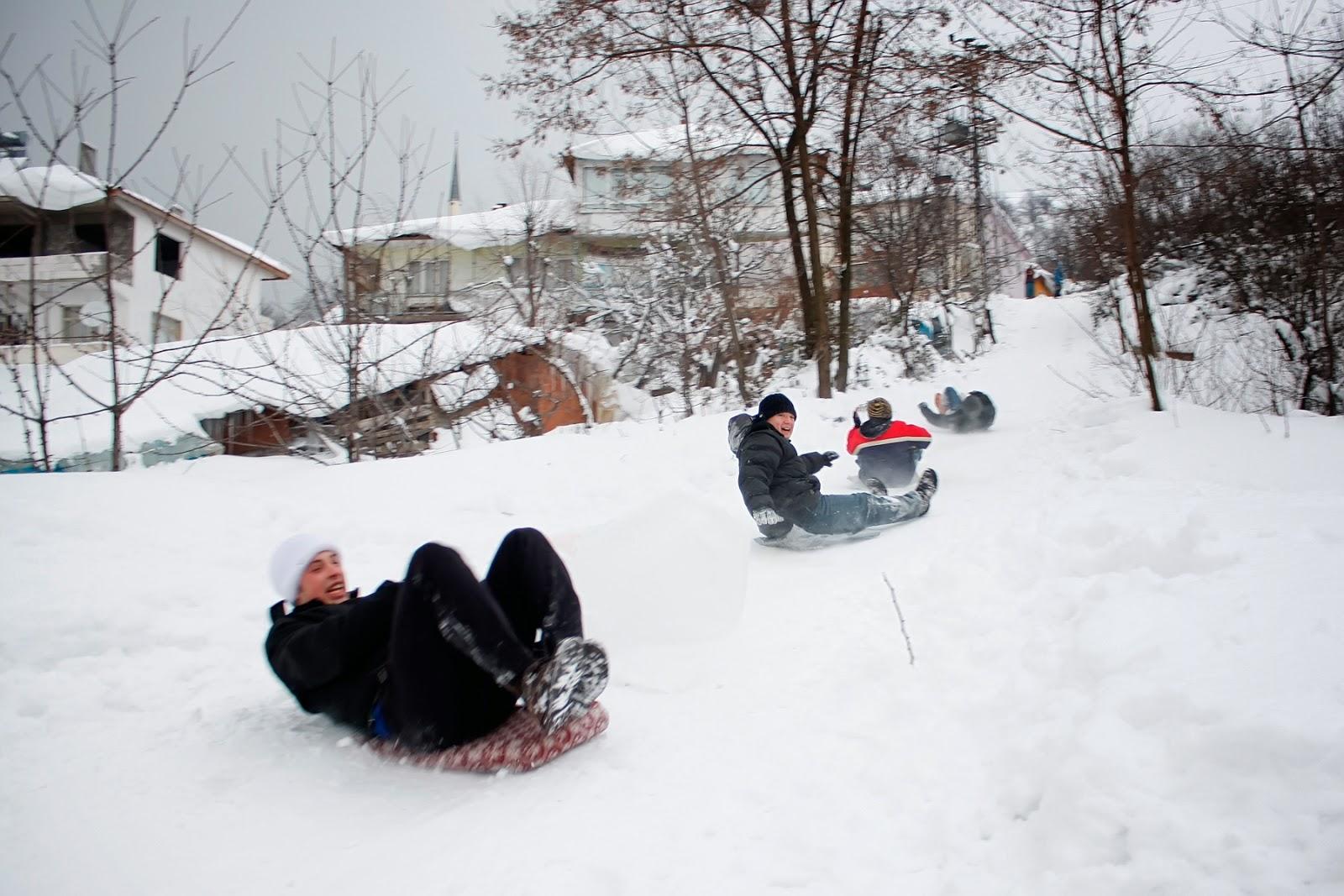 Sugören'de Kış - Karda Kayan Çocuklar-3
