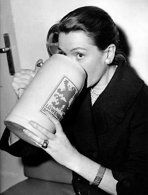 Deborah Kerr and a large beer