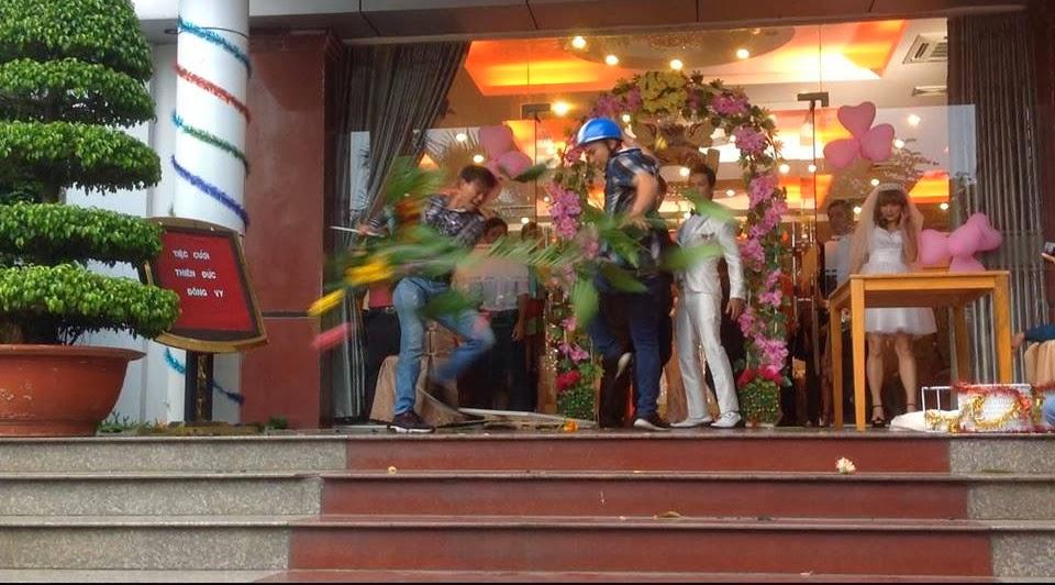 Cô dâu Lan Phương trốn chạy ngay trong tiệc cưới