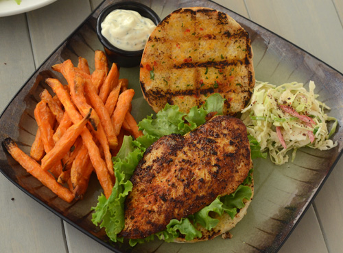 blackend chicken sandwich with cajun slaw, big green egg chicken recipe, grill dome chicken recipe, kamado chicken recipe