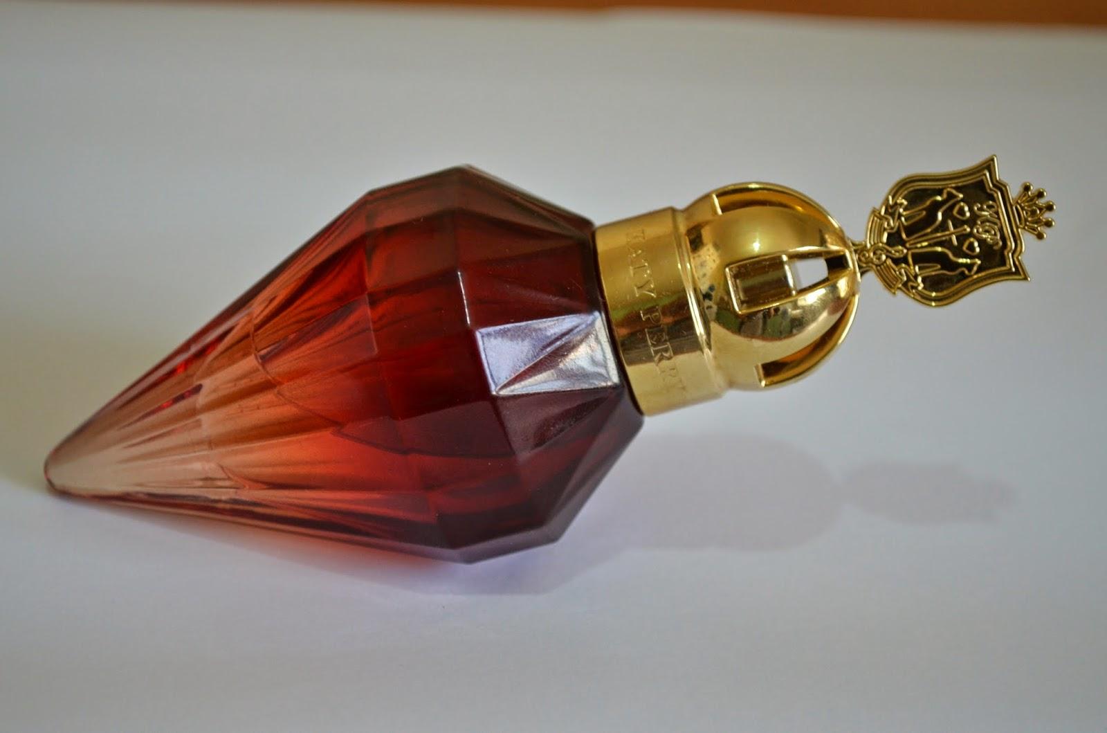 parfum-katy-parry-vedeta-auriu