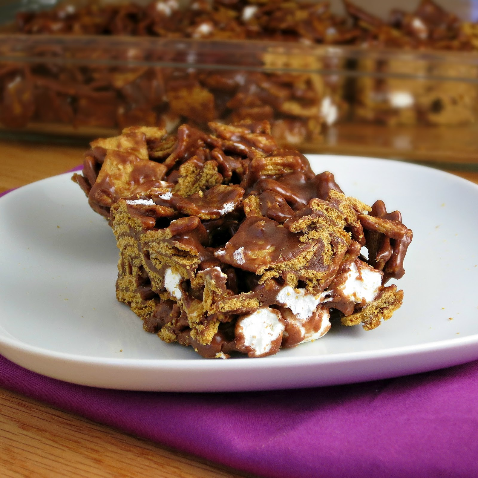 Golden Grahams S'mores Bars - Alida's Kitchen