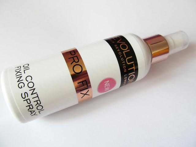 makeup revolution makeup fixing spray
