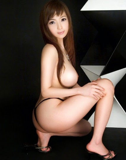 young-asia-naked-pics