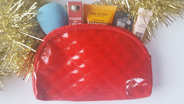 """Blogmas 10 - December 2015 Ipsy Bag Review """"With Love From Ipsy"""""""