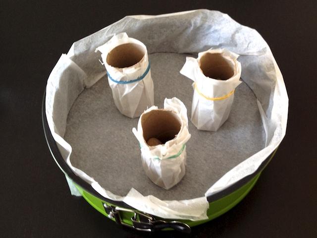 schaeresteipapier eine eiskerze aus kerzenresten. Black Bedroom Furniture Sets. Home Design Ideas
