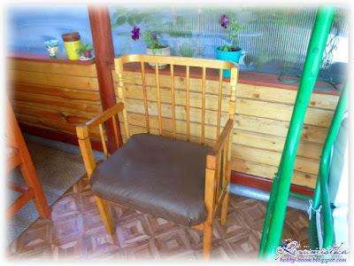 кресло как украшение дачи