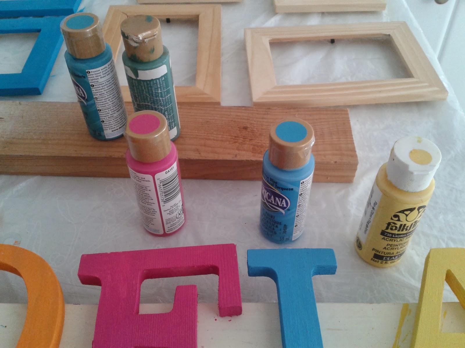burbujela letras de madera decoradas