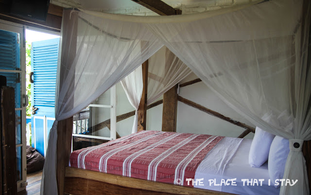 Indonesia - Lombok - Gili Trawangan - Le Petit Gili - The bed