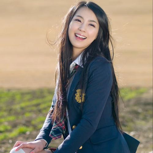 Korean school girl Long Hair Black hair color