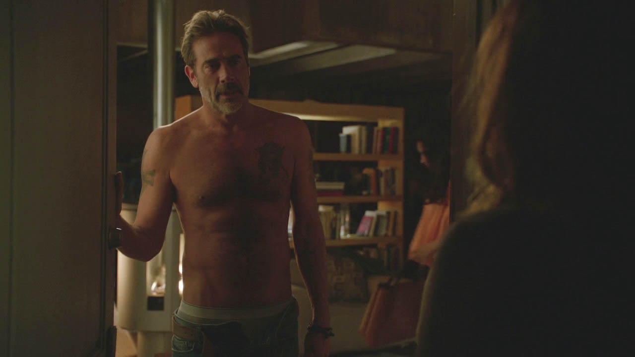 SHIRTLESS PEOPLE: Jeffrey Dean Morgan shirtless in Extant