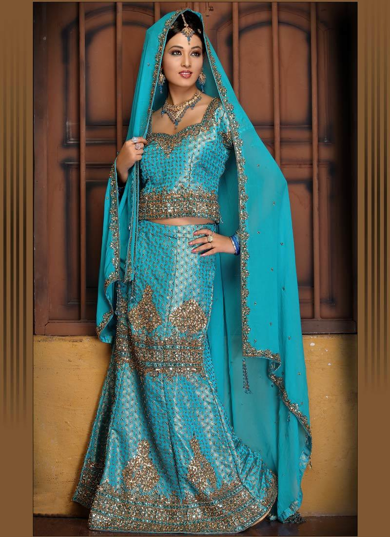 Beautiful indian bridal dresses ladies mails for Indian bridal wedding dresses