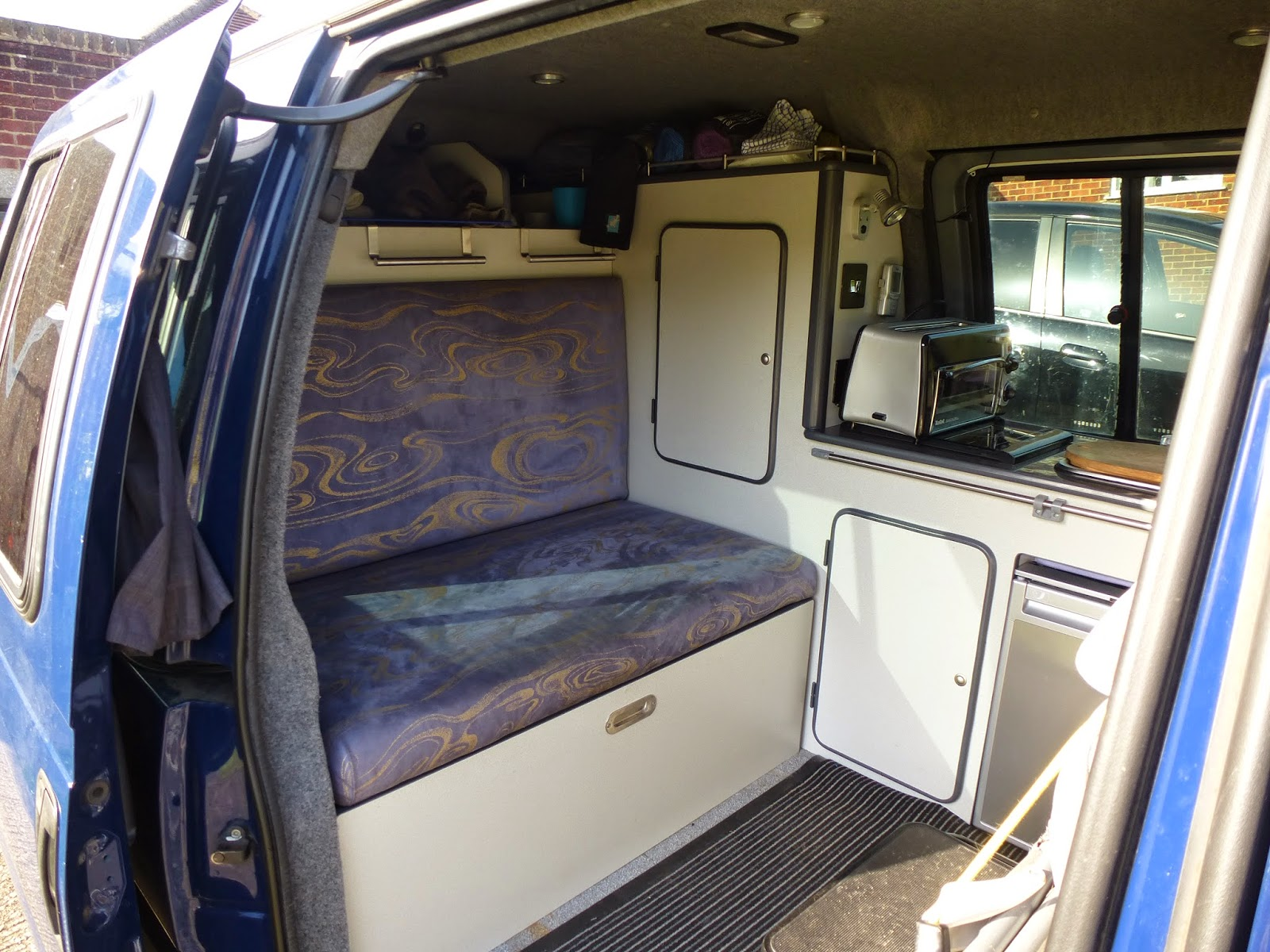 peugeot expert 806 scudo dispatch conversion april 2015. Black Bedroom Furniture Sets. Home Design Ideas