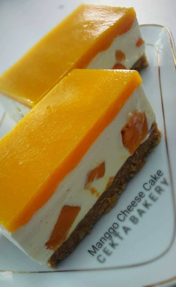 MANGGO CHEESE CAKE