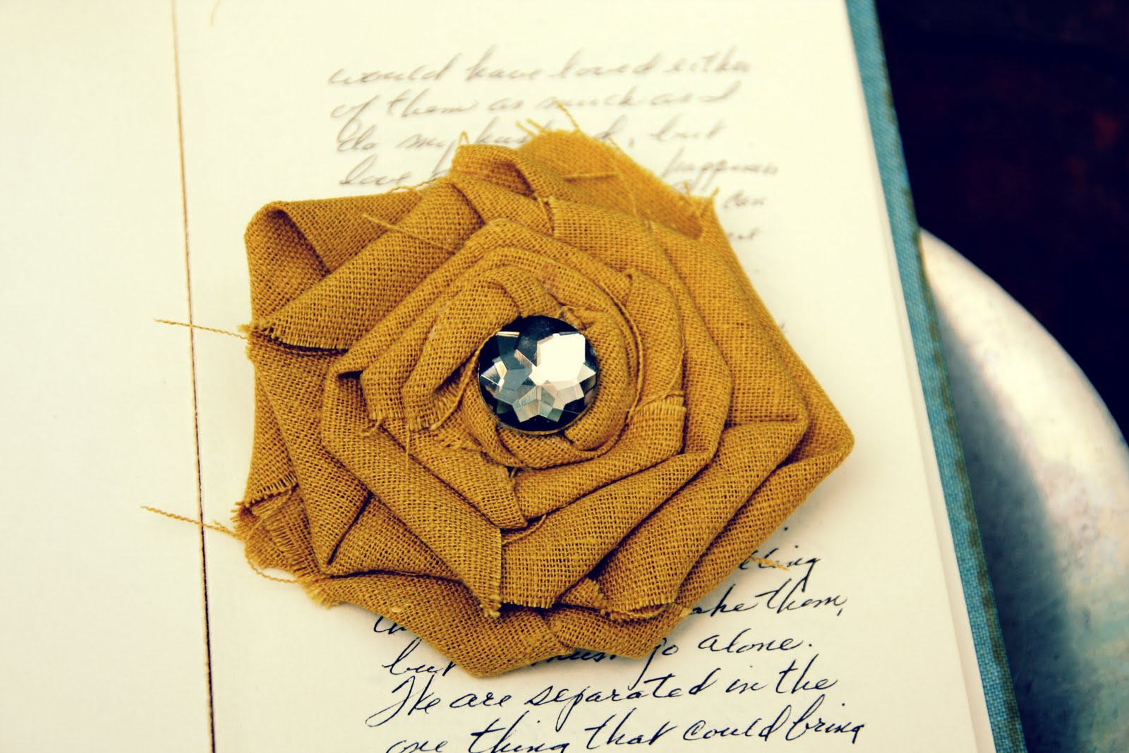 No sew fabric flower brooch and hair clip tutorial no sew fabric flower brooch and hair clip tutorial mightylinksfo