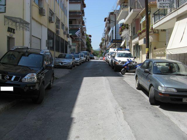Αδιέξοδο τμήμα της Ηρώων Πολυτεχνείου λόγω πεζοδρομήσεων