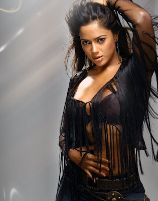 Sameera-Reddy-Hot-Unseen-Photo