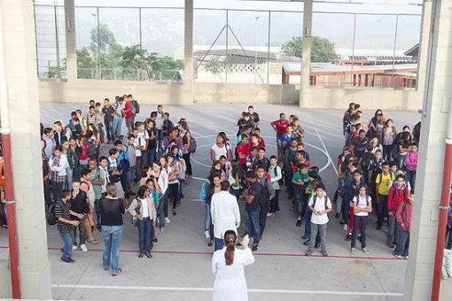 Escola Estadual Gertrudes Eder, de Carapicuíba (SP)