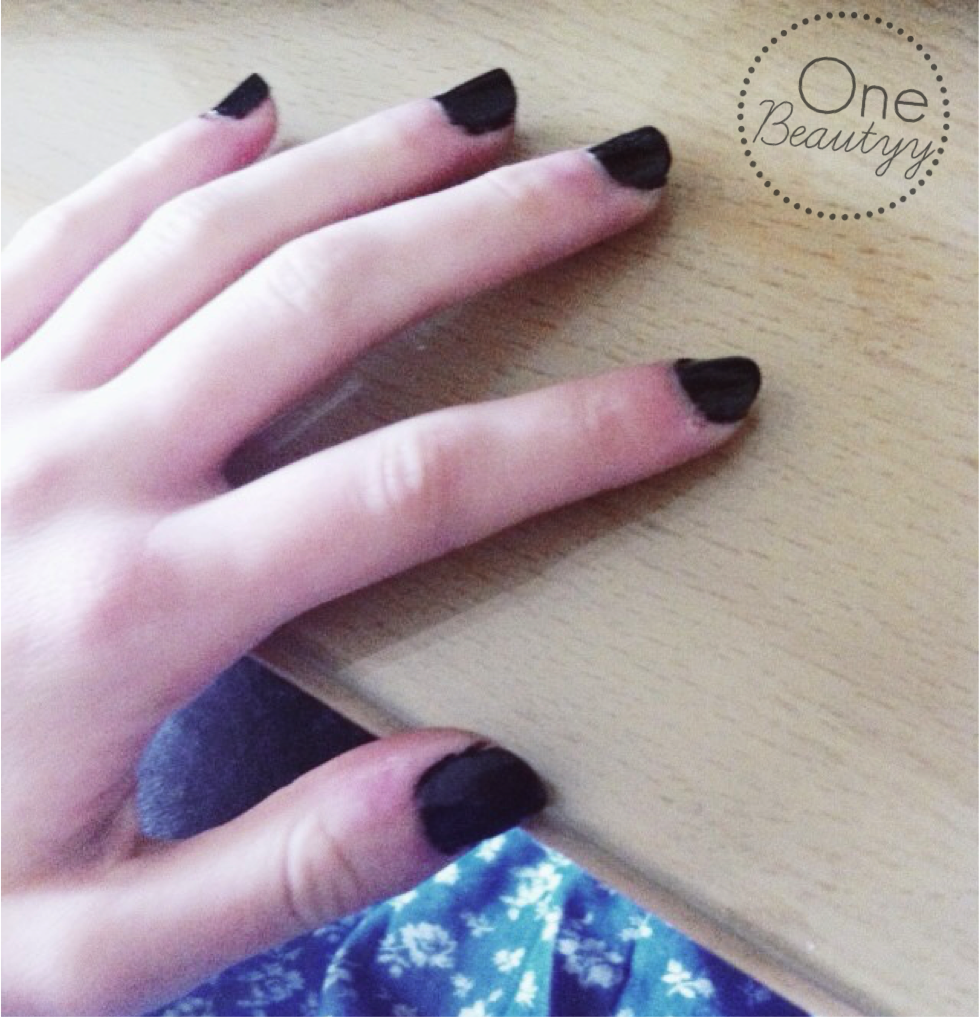 Jack Skellington Nails | One Beautyy