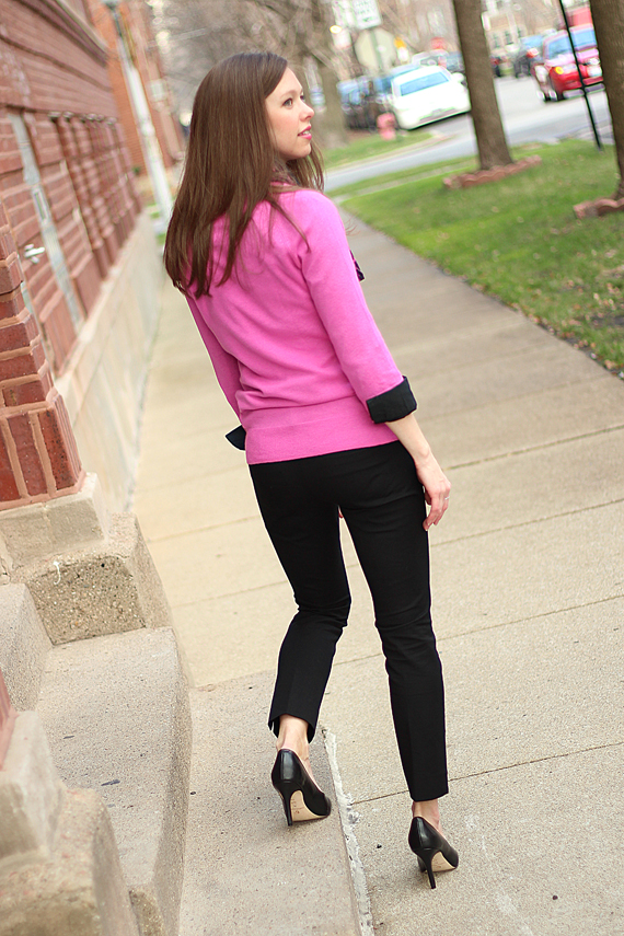 StyleSidebar - rear view hot pink and black