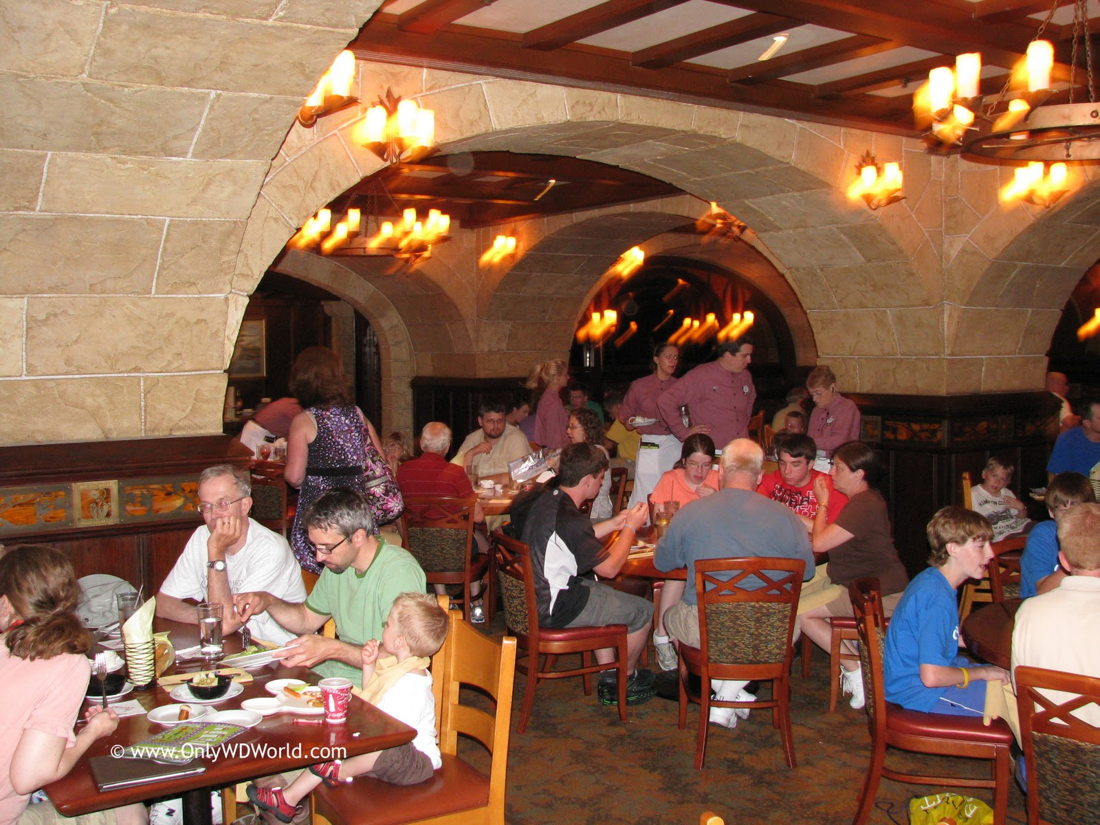 Disney dining plan make the most of disney free dining How to get free dining at disney