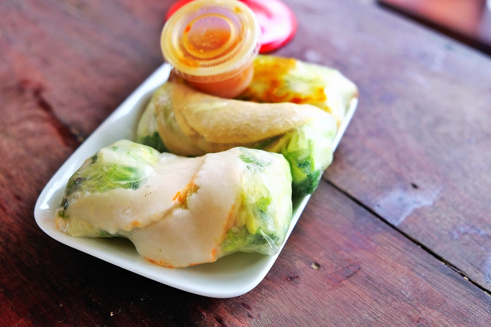 Mr Nomnom And I Tried A Few Of The Rice Paper Rolls We Chose The Duck Prawn And Tofu I Came To Like The Duck One As It S Rich And Saucy But