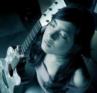 Prisa Adinda, Gitaris Paling Cantik Indonesia | Buaru Nih320