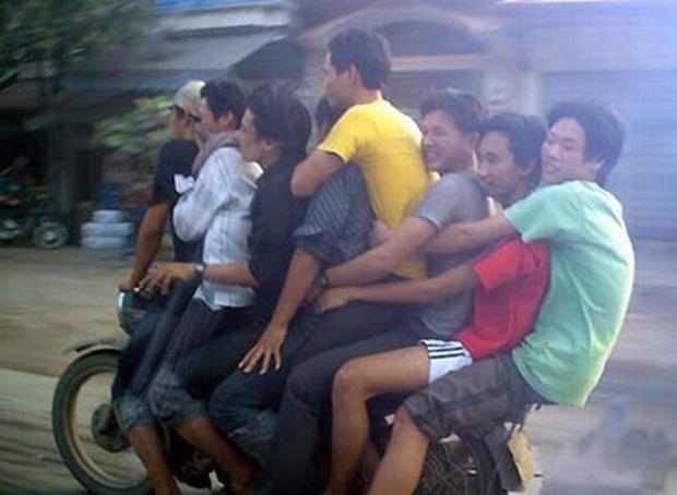 overloaded-motorcycle1.jpg