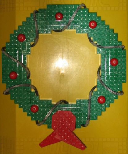 ... made easy: Lego wreath and Advent wreath | Lego Educational Resource