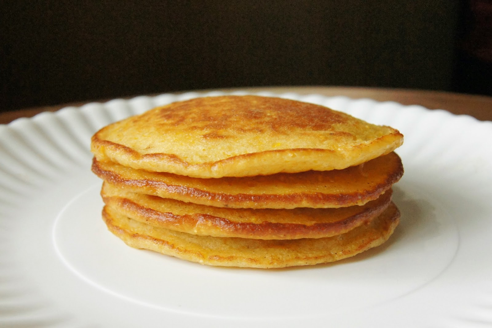 Baked Sunday Mornings: Cornmeal Griddle Cakes | Ipso Fatto