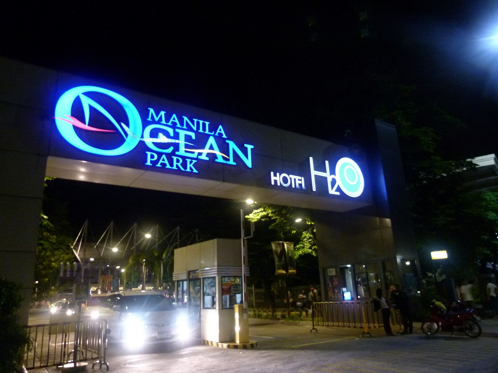 ... Manila Ocean Park is the countrys world-class marine theme park and a