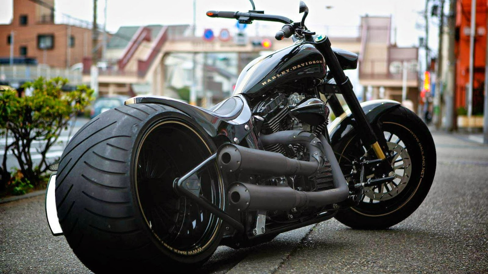 Harely Black Bike HD Wallpaper
