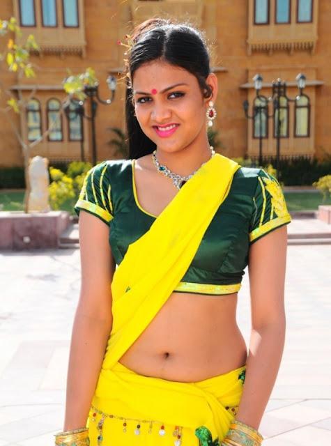 hot actress juicy navel in saree stills