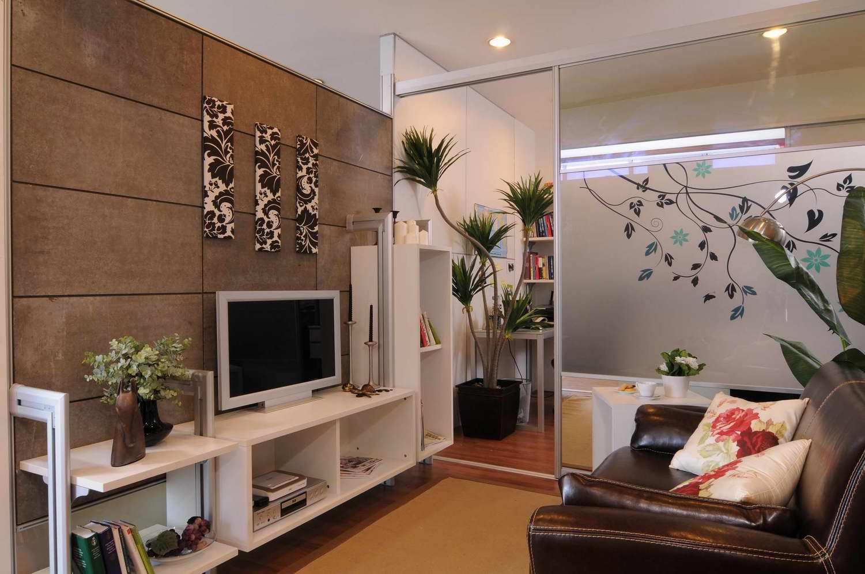 Berikut beberapa model rak TV yang akan memperindah interior ruang  title=