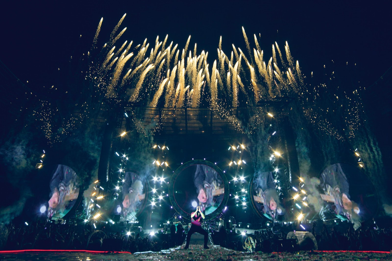 COLDPLAY LIVE 2012  A ...