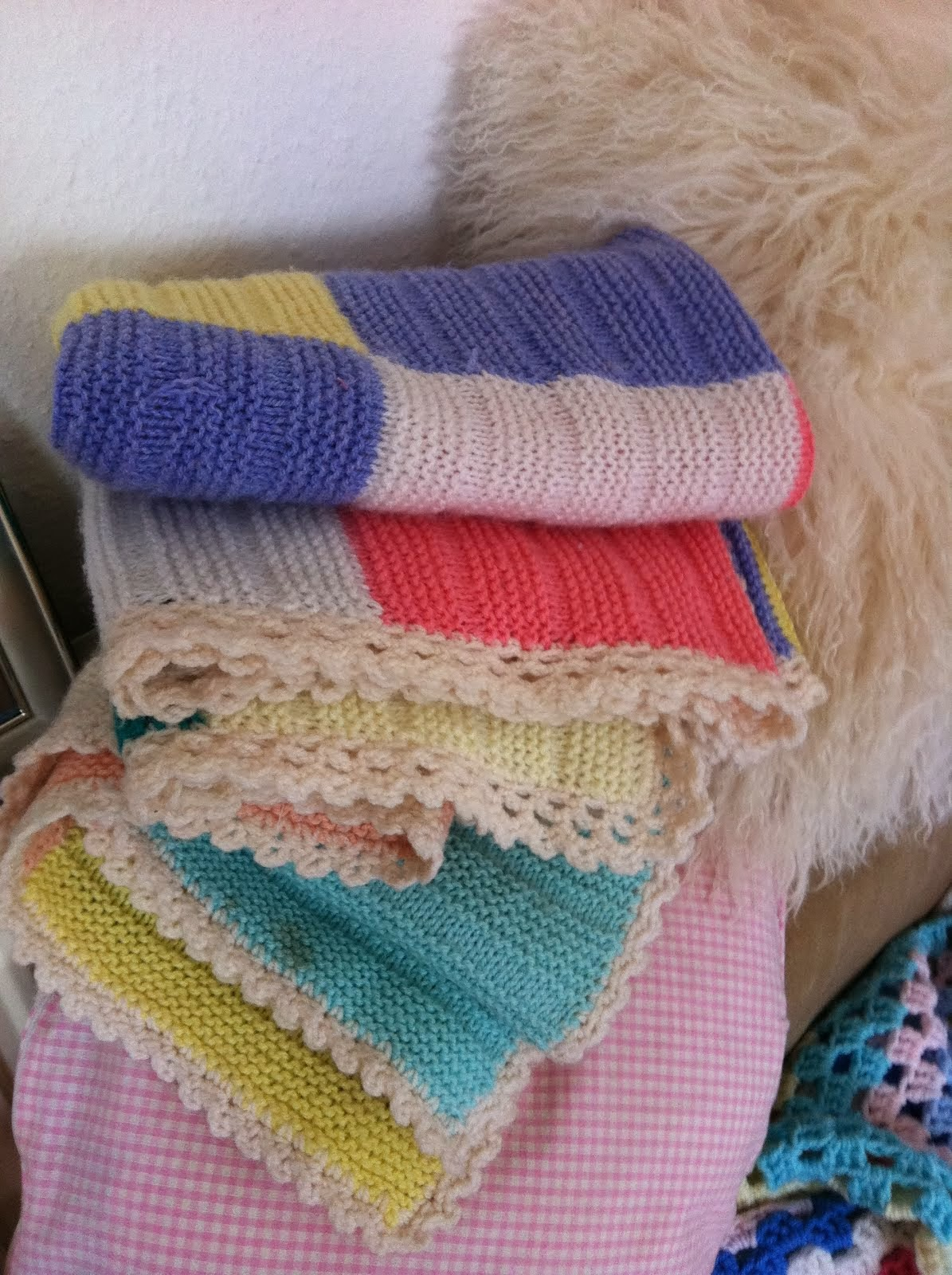 snuggly knitted blankets