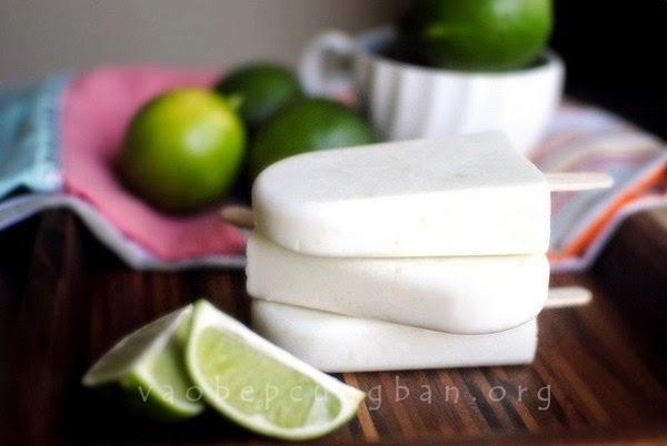 Cách làm kem sữa chua chanh dừa que cực mát
