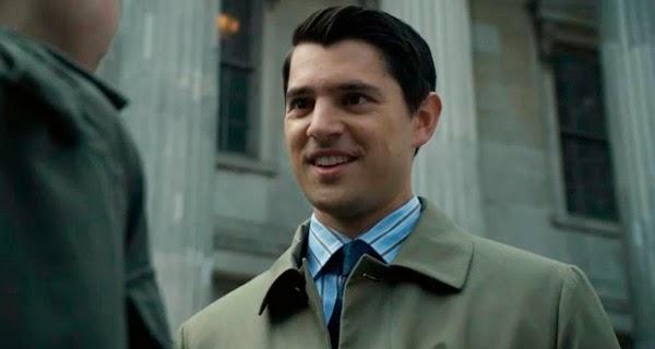 Nicholas D´Agosto como Harvey Dent en Gotham 1x09