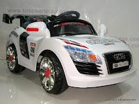 1 Mobil Mainan Aki Pliko PK9200N Audi dengan Kendali Jauh