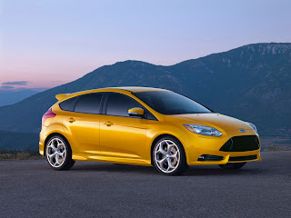 Ford taking Focus ST around America with free Performance Academy_1