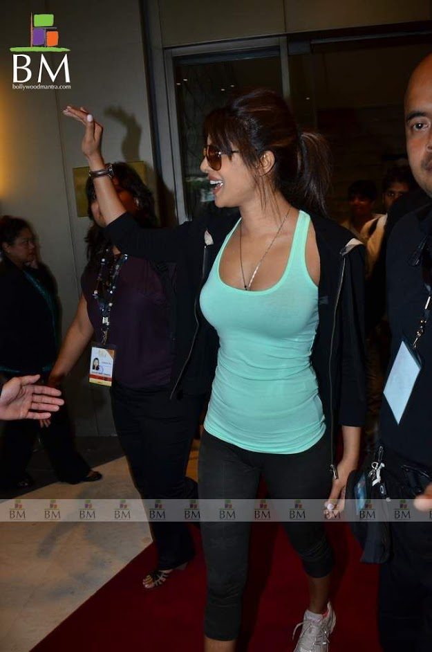priyanka chopra in a teal tank top hot photo - Top 10 seductive bollywood babes