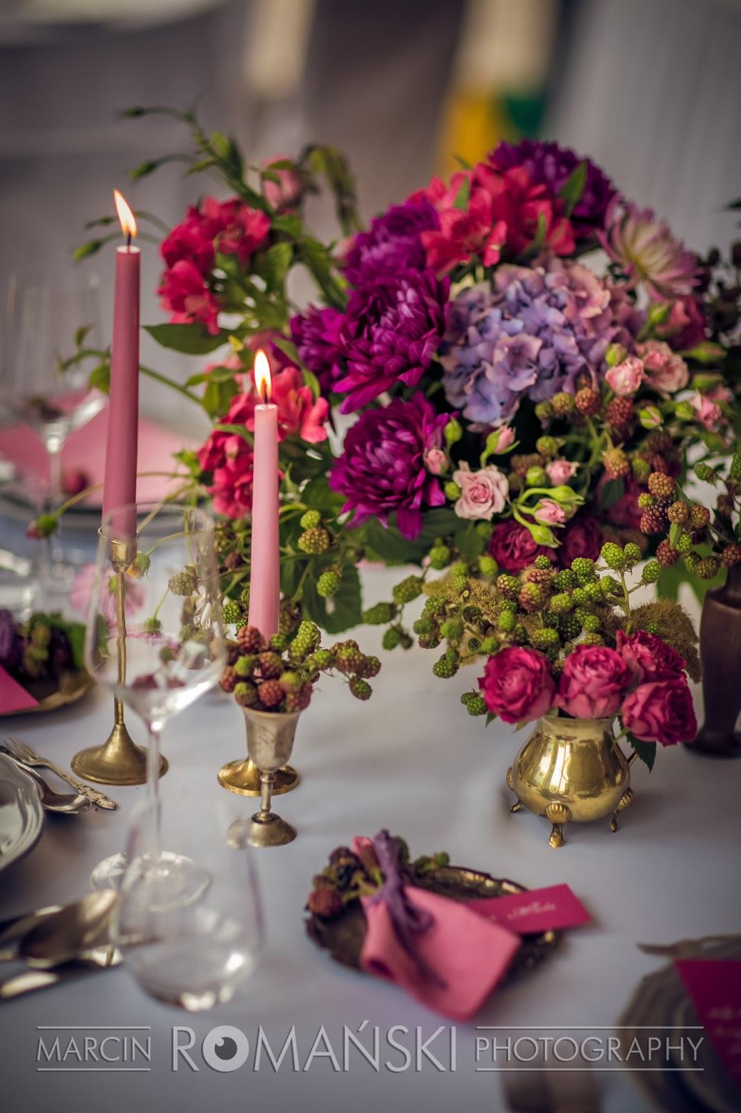 Różowy bukiet na stół weselny