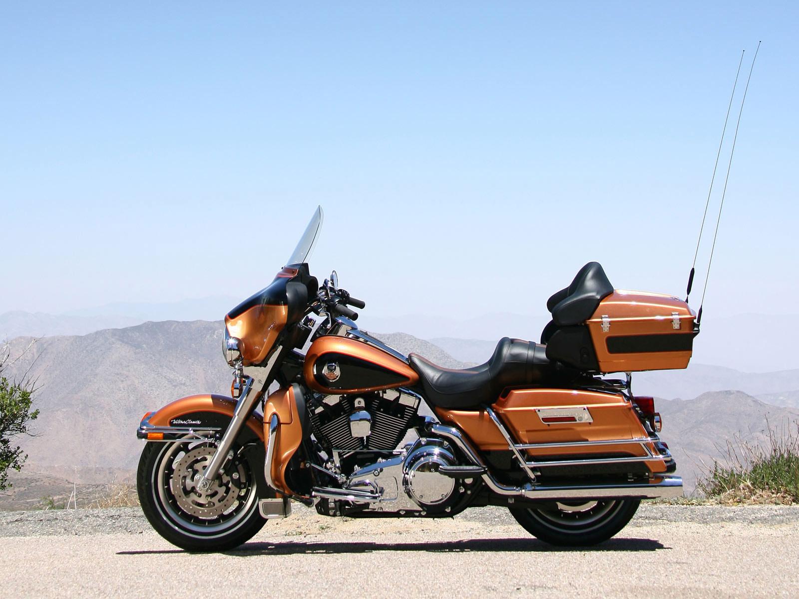 Harley Davidson Flhtcu Ultra Classic Electra Glide Review