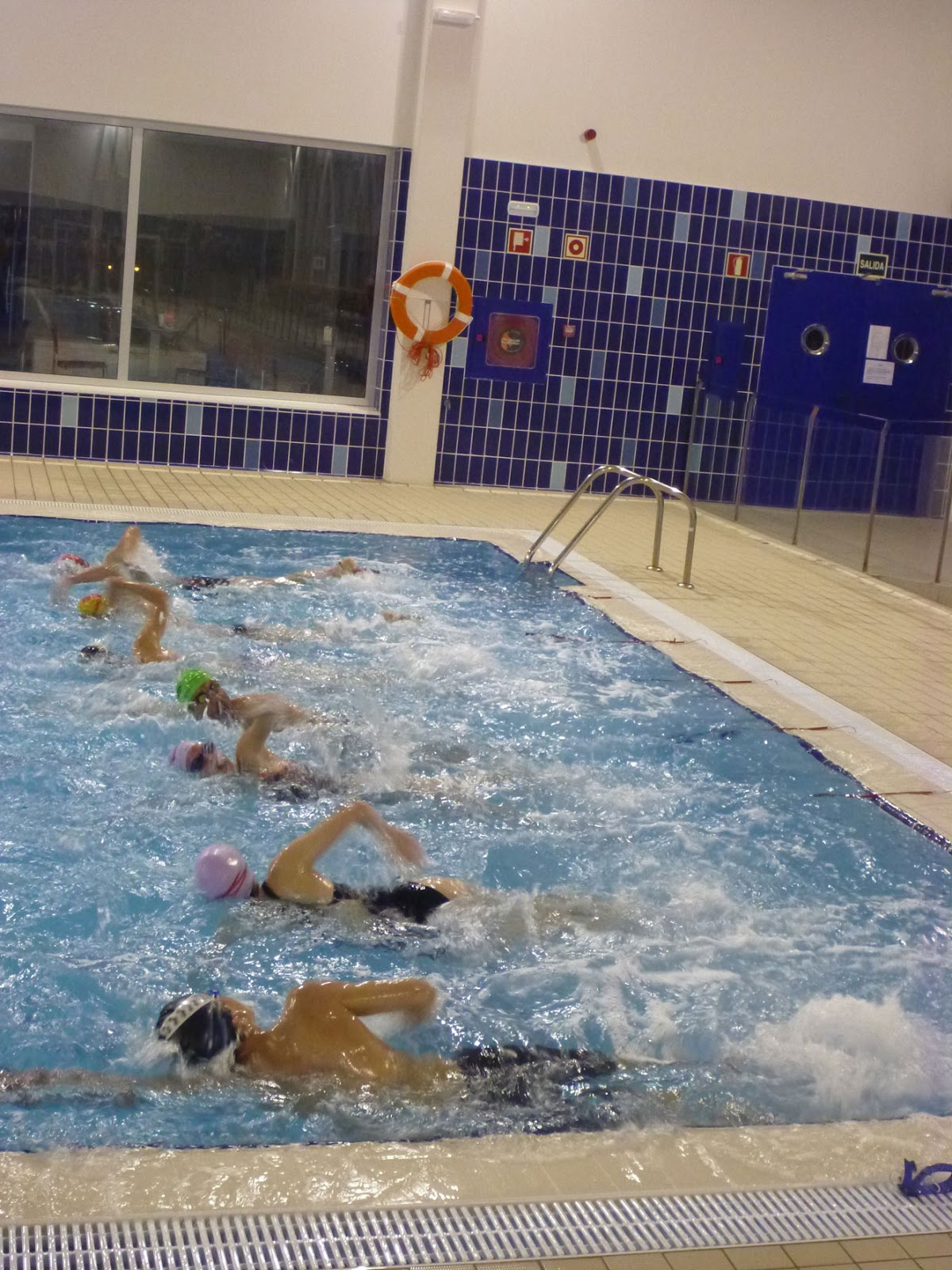 Natacion estatica entrenamiento de nataci n en grupo for Piscinas rectangulares desmontables decathlon