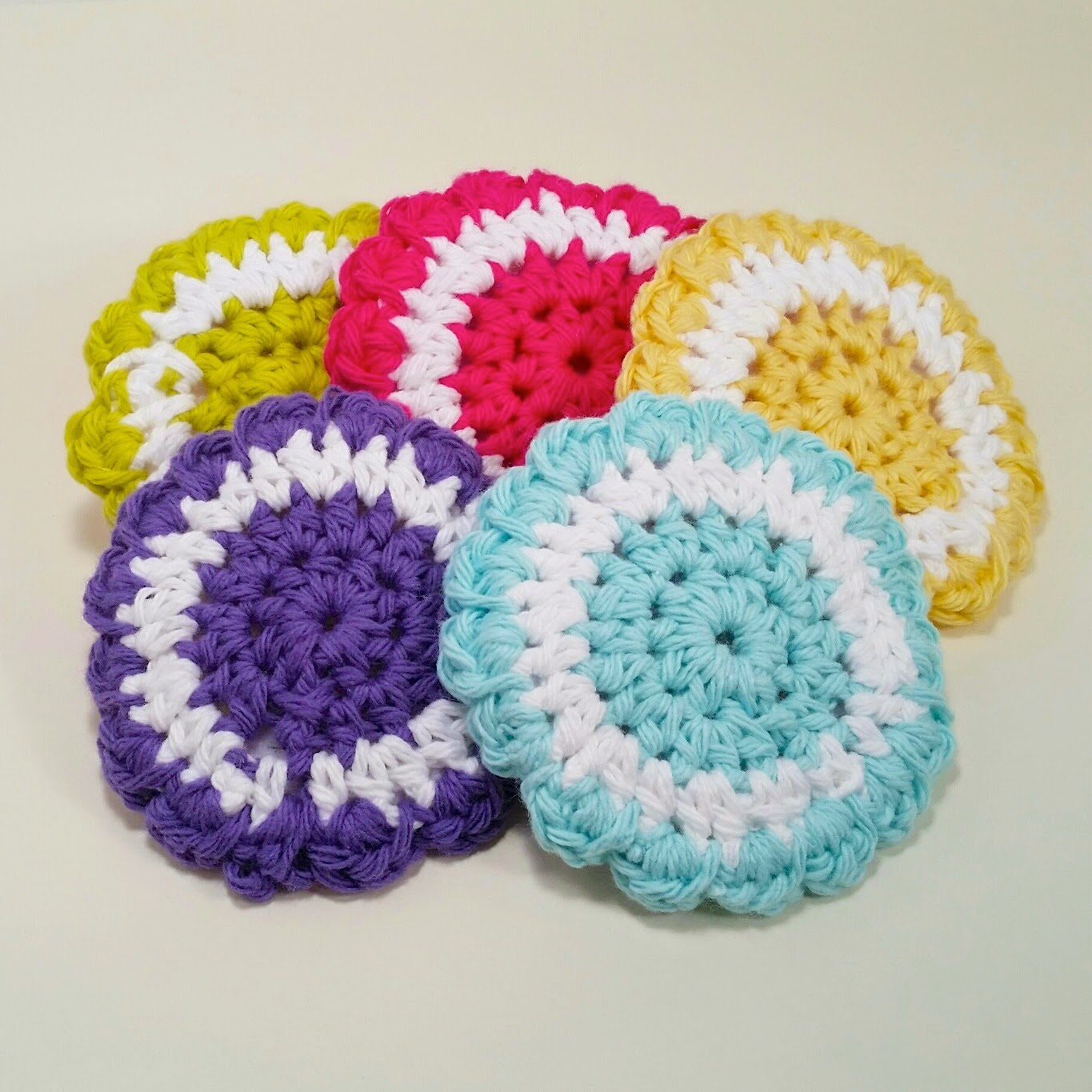Srubby For Kitchen: Delights-Gems: Two-color Scrubbies