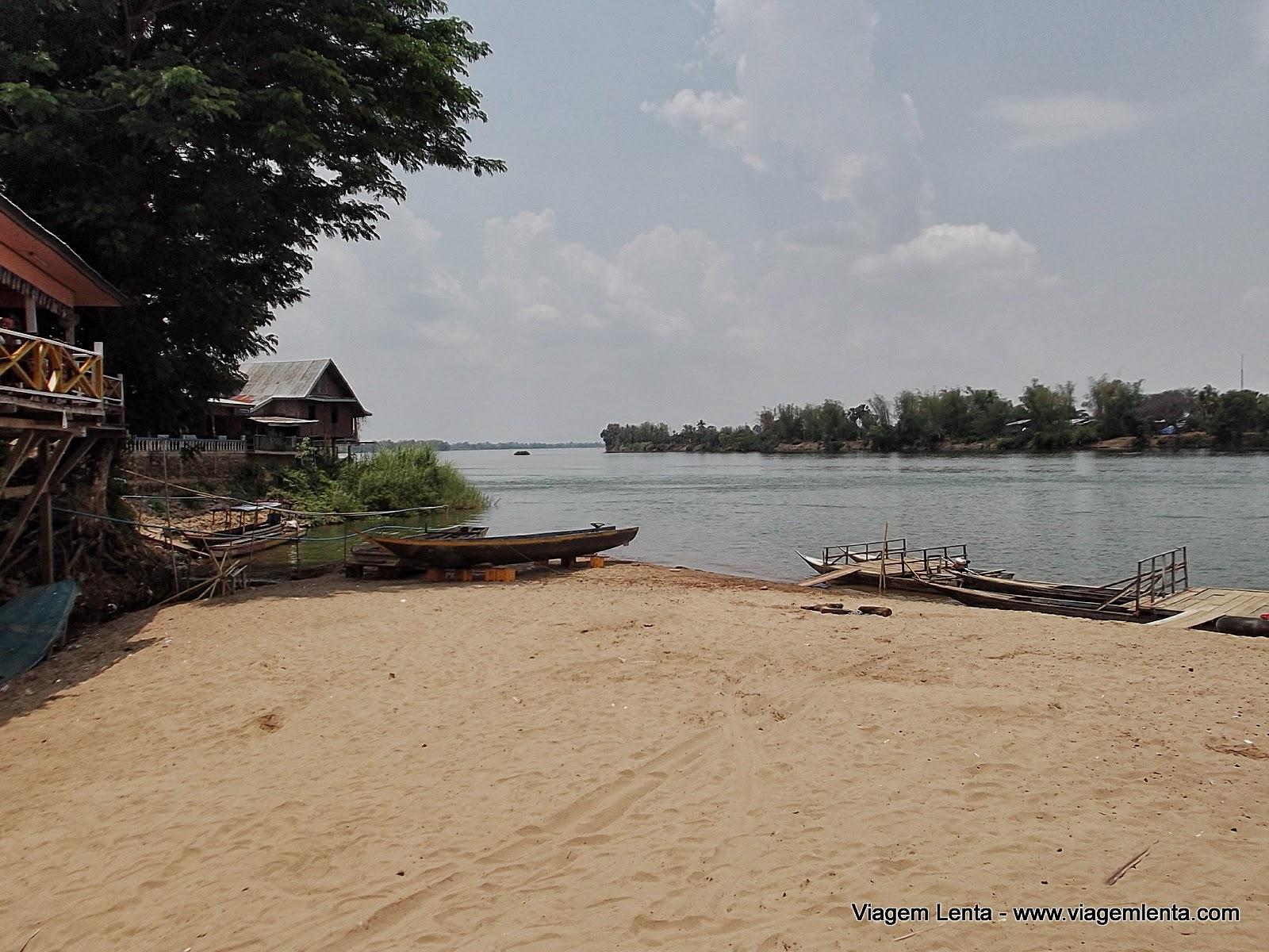 Viagem para Don Det e Don Khon - arquipélago Si Phan Don ou 4000 ilhas, localizadas no meio do rio Mekong, ao sul do Laos.