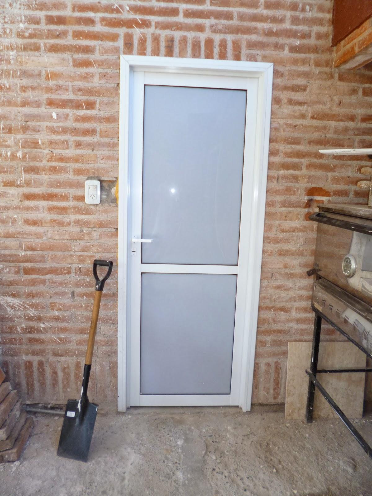 Puertas De Baño Acrilico: (Carpintería de Aluminio): puertas en aluminio y acrilico blanco