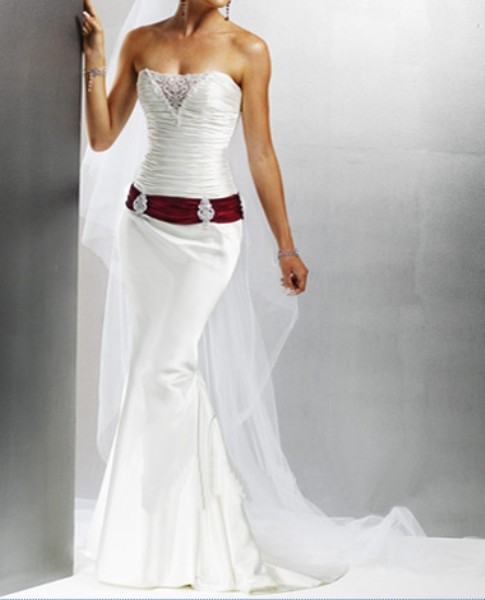 Luxury wedding fashion wedding gowns with color accents for Wedding dresses in color