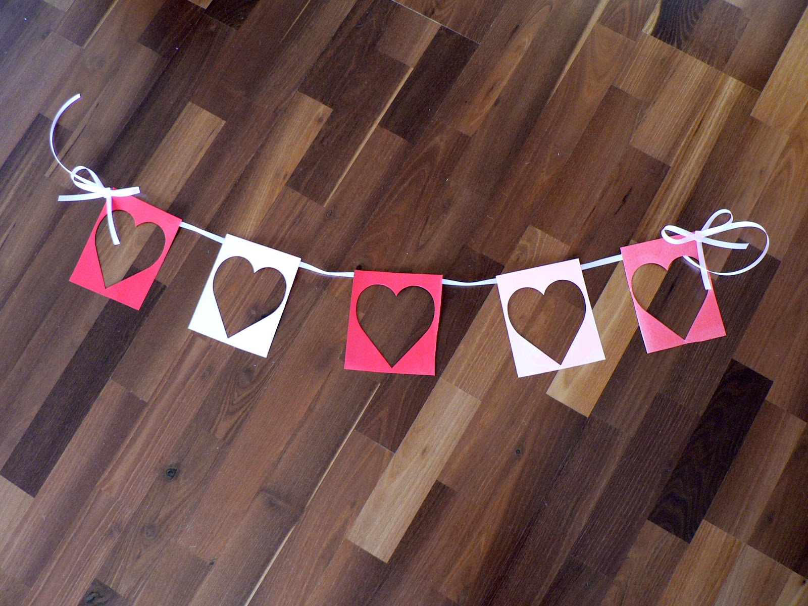 Mama pea pod pink and red heart party easy diy decorations